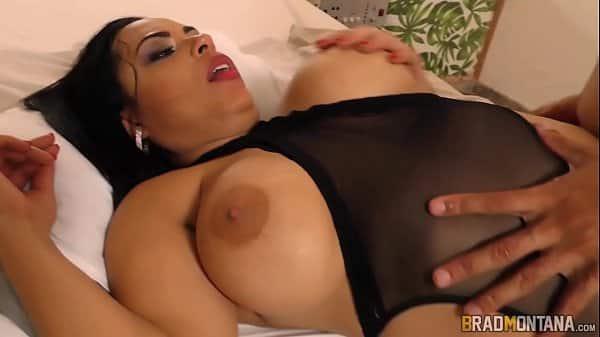 Pornor gratis mulher com roupa sensual querendo fuder