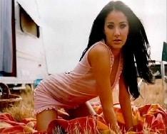 Helen Ganzarolli Nua em ensaio sensual da revista