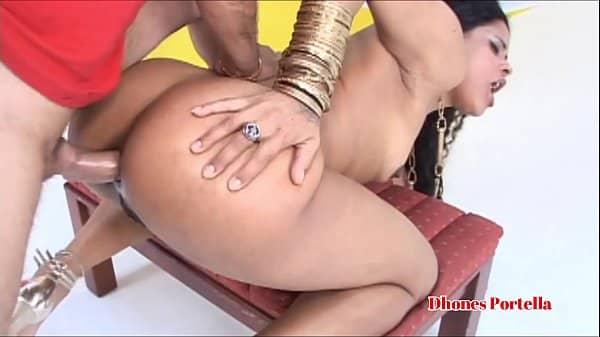 Marcia imperator video porno dando a bunda grande